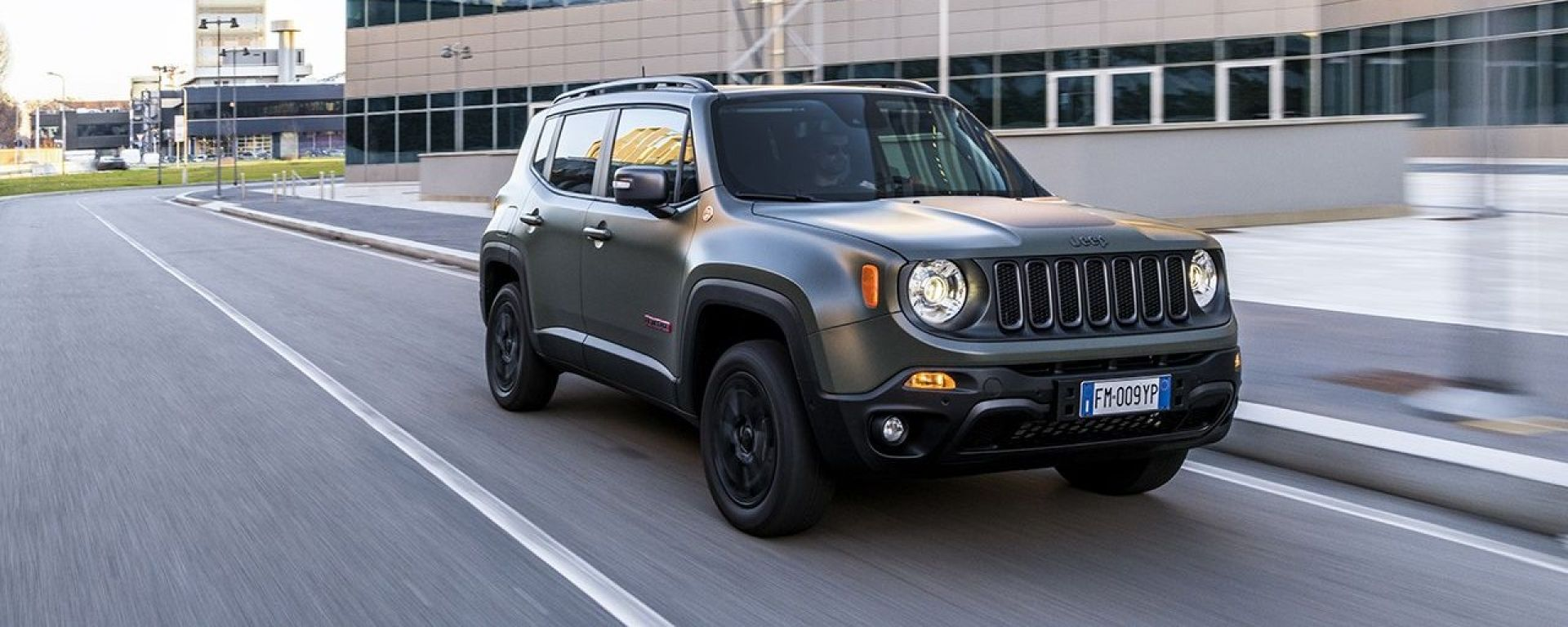 Nuova Jeep Renegade 2018: ecco come cambia [VIDEO]