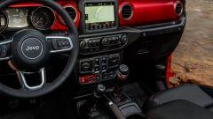Nuova Jeep Wrangler: svelati gli interni dell'abitacolo - Immagine: 4