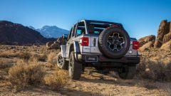 Jeep Wrangler 4xe, l'ibrido plug-in mostra il suo lato più selvaggio - Immagine: 3