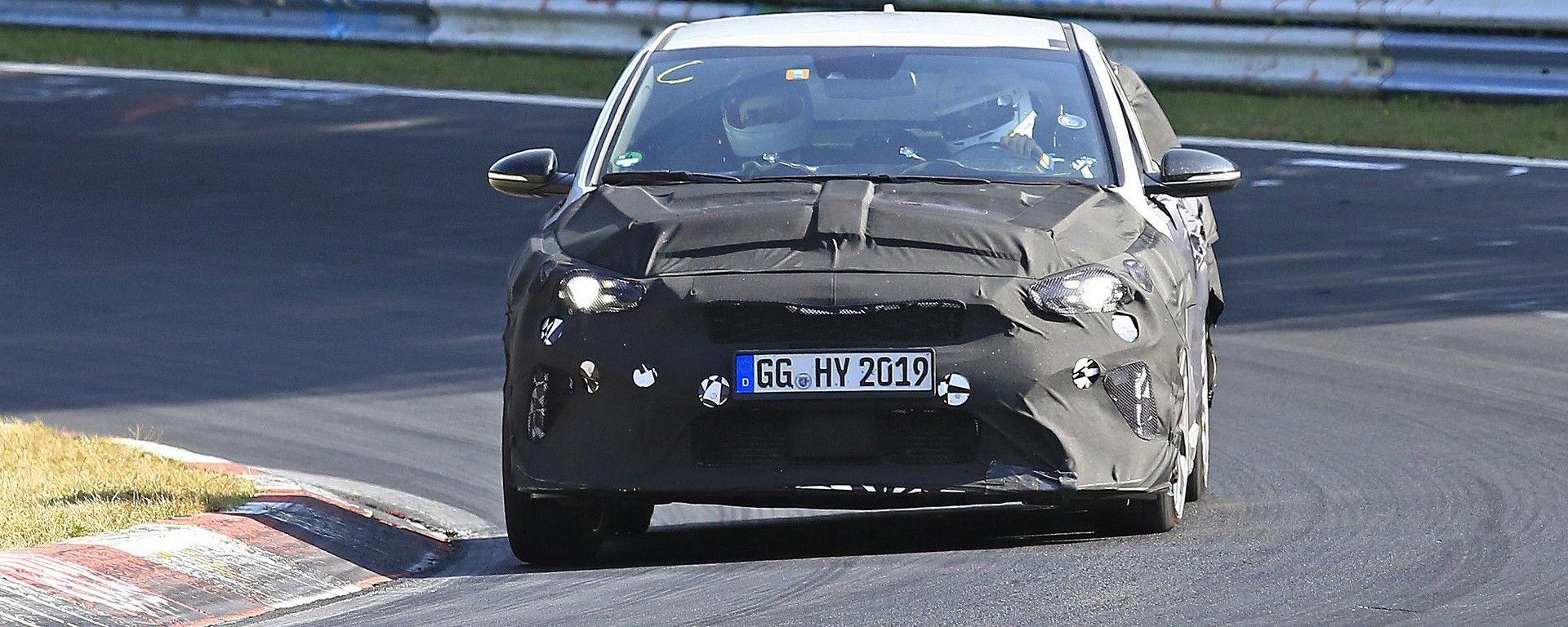 Nuova Kia Ceed GT 2019 nei test al Nurburgring