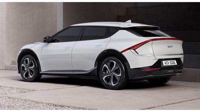 Nuova Kia EV6: quasi pronto al debutto il primo SUV 100% elettrico della Casa coreana