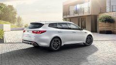 Nuova Kia Optima Sportswagon GT Line 2018: vista 3/4 posteriore
