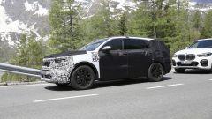 Nuova Kia Sorento 2020: l'auto camuffata