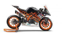 Nuova KTM RC 390R, qui in versiore race con il kit SSP