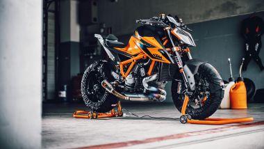 Nuova KTM Super Duke 1290 R, evoluzione della Bestia