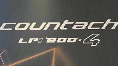 Nuova Lamborghini Countach; il badge identificativo con le caratteristiche dell'auto