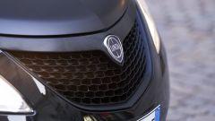 Lancia Ypsilon Black & Noir, citycar in abito da sera - Immagine: 13