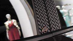 Lancia Ypsilon Black & Noir, citycar in abito da sera - Immagine: 15