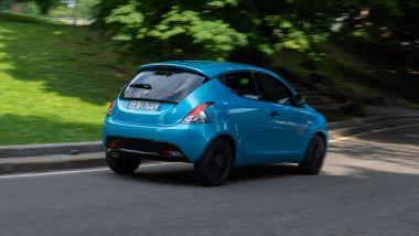 Nuova Lancia Ypsilon Hybrid: facile e intuitiva su strada ma assistenti alla guida non pervenuti