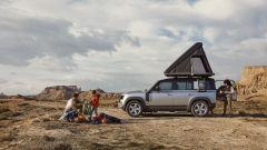 Nuova Land Rover Defender 2020: gli accessori per fare il campo