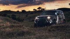 Nuovo Land Rover Defender, sfugge prima foto degli esterni - Immagine: 2