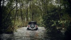 Nuova Land Rover Defender 2020: vista posteriore