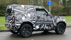 Nuova Land Rover Defender: ecco la tre porte - Immagine: 4