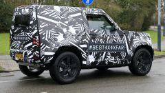 Nuova Land Rover Defender: ecco la tre porte - Immagine: 6