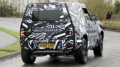 Nuova Land Rover Defender: ecco la tre porte - Immagine: 5