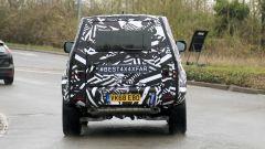 Nuova Land Rover Defender: ecco la tre porte - Immagine: 7