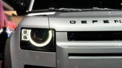 Nuova Land Rover Defender al Salone di Francoforte 2019. dettaglio frontale