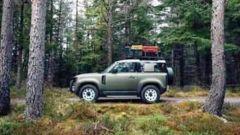 Nuova Land Rover Defender, la fiancata