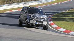 Nuova Land Rover Defender, le foto spia al Nuerburgring