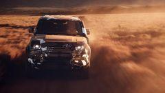 Nuova Land Rover Defender, test nel deserto