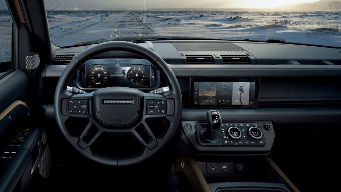 Nuova Land Rover Defender V8: l'abitacolo sarà come quello delle Defender di grande produzione