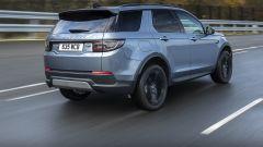 Nuova Land Rover Discovery Sport P300e