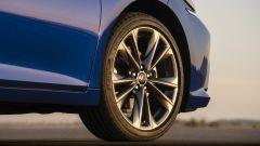 Nuova Lexus ES Hybrid: arriverà anche in Europa. Ecco quando - Immagine: 9