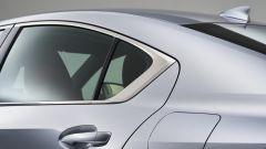Nuova Lexus IS 2021, dettaglio del tetto
