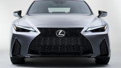 Nuova Lexus IS 2021, il frontale