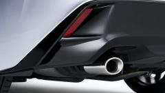 Nuova Lexus IS 2021, lo scarico