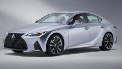 Nuova Lexus IS 2021, vista 3/4 anteriore