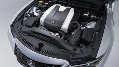 Nuova Lexus IS 350 2021, il motore da 315 CV per l'estero