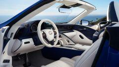 Nuova Lexus LC 500 Convertible, al via le vendite. L'identikit - Immagine: 23