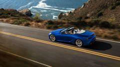 Nuova Lexus LC 500 Convertible, al via le vendite. L'identikit - Immagine: 20