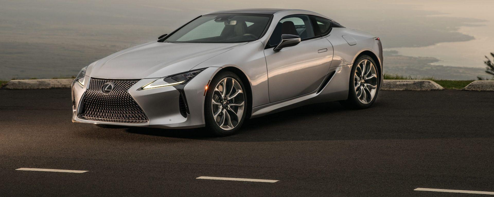 Nuova Lexus LC: dettaglio frontale