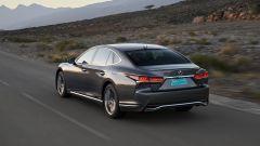 Nuova Lexus LS Hybrid 2018, a gennaio da 105.000 euro - Immagine: 2