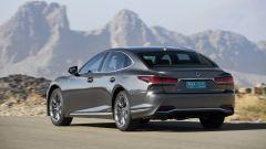 Nuova Lexus LS Hybrid 2018, a gennaio da 105.000 euro - Immagine: 33