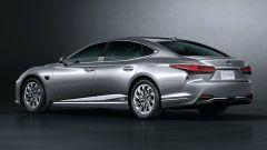 Nuova Lexus LS: il 3/4 posteriore