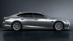 Nuova Lexus LS: laterale