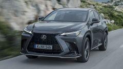 Nuova Lexus NX 450h+ (2022): la prova video della plug-in hybrid