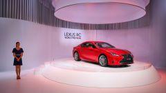 Nuova Lexus RC e Lexus LC Yellow Edition a Parigi 2018. Info e foto