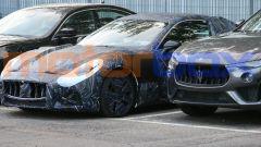 Nuova Maserati GranTurismo elettrica: il muso mostra ancora la calandra del modello con motore convenzionale