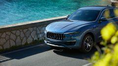 """Nuova Maserati Levante Hybrid, """"micro"""" scossa pure al SUV [VIDEO] - Immagine: 4"""