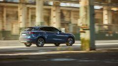 """Nuova Maserati Levante Hybrid, """"micro"""" scossa pure al SUV [VIDEO] - Immagine: 24"""