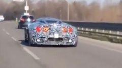 Maserati MC20, il video spia