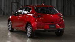 Nuova Mazda 2 2020: il facelift. Vista posteriore