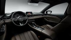 Nuova Mazda 6 Wagon 2018, gli interni