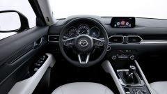 Nuova Mazda CX-5 2017: il SUV dei samurai di classe - Immagine: 10