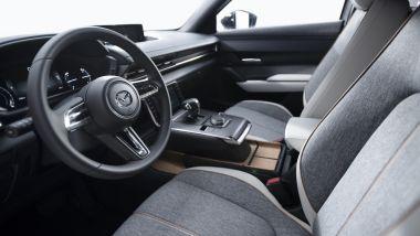Nuova Mazda MX-30 interni