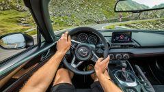 Nuova Mazda MX-5 2019: la prova sulla Transfagarasan [VIDEO] - Immagine: 12